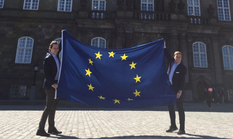 Europabevægelsen vil have EU-flaget op