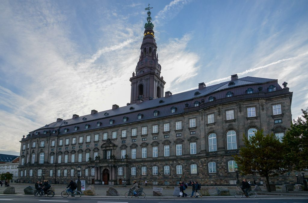Danmark bør deltage i EU's forsvarssamarbejde